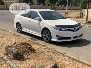 Toyota Camry 2013 White | Cars for sale in Abuja (FCT) State, Wuse 2