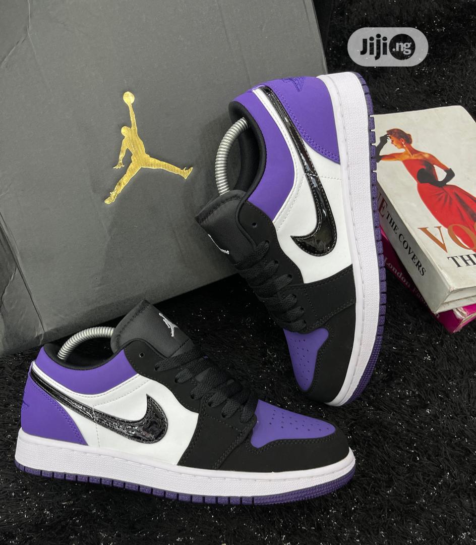 Nike Air Jordan Low Sneakers
