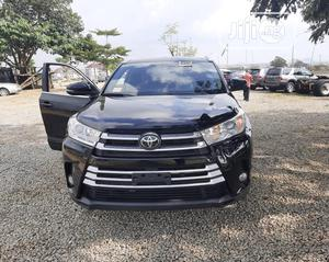 Toyota Highlander 2018 XLE 4x4 V6 (3.5L 6cyl 8A) Black | Cars for sale in Abuja (FCT) State, Wuse 2
