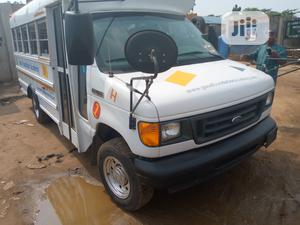 Ford Econoline 2007 White | Buses & Microbuses for sale in Lagos State, Ikorodu