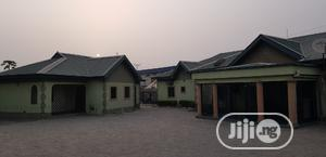 Well Finished/Furnished Bungalow for Urgent Sale   Houses & Apartments For Sale for sale in Lugbe District, Sabon Lugbe