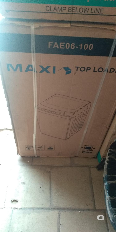 Archive: Maxi Washing Machine Top Loader 10kg.