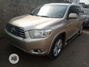 Toyota Highlander 2010 Gold | Cars for sale in Lagos State, Maryland