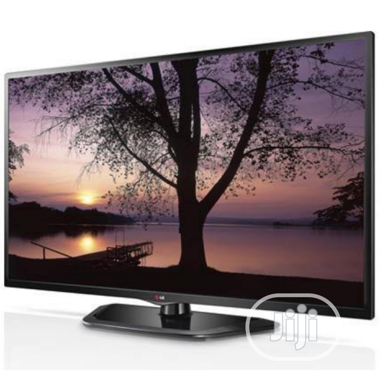 55 Inch LG Smart 4K UHD LED TV - London Used