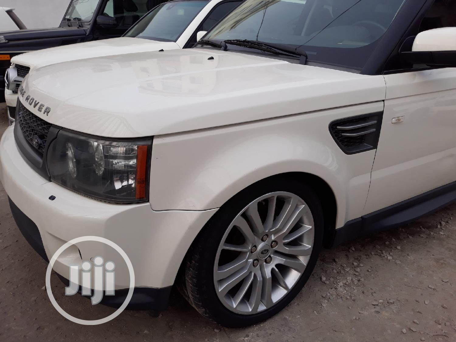 Archive: Land Rover Range Rover Sport 2010 HSE 4x4 (5.0L 8cyl 6A) White