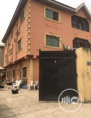 Block of Six Flats of 3bedroom Each in Surulere for Sale | Houses & Apartments For Sale for sale in Lagos State, Surulere
