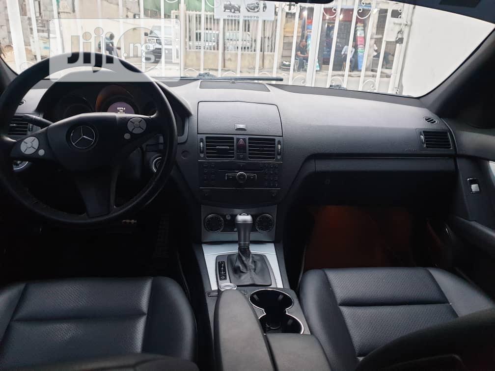 Archive: Mercedes-Benz C300 2009 Gray