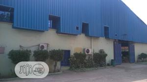 Well Maintained Warehouse Along Lagos Ibadan Express Way   Commercial Property For Sale for sale in Ogun State, Obafemi-Owode