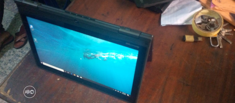 Laptop Lenovo ThinkPad Yoga 4GB Intel Core I3 HDD 500GB