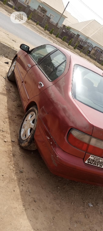 Archive: Nissan Primera 2001 Red