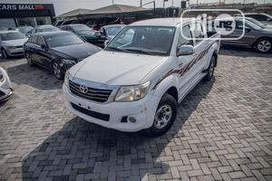 Toyota Hilux 2014 SR 4x4 White | Cars for sale in Ogun State, Ijebu Ode