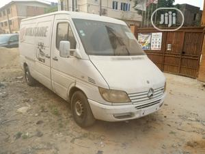 Tokunbo Mercedes Benz Sprinter Bus 2001 White | Buses & Microbuses for sale in Lagos State, Surulere