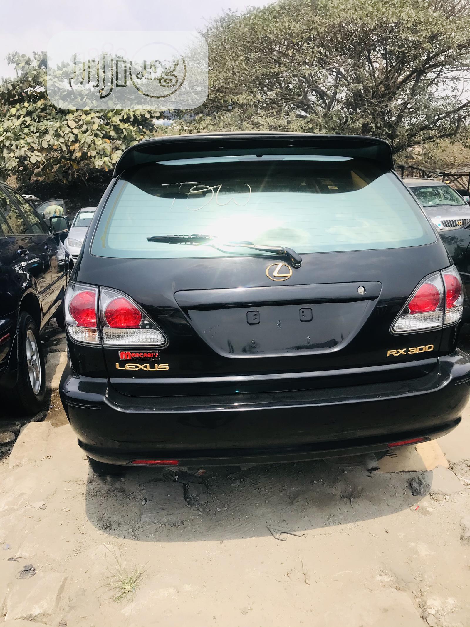 Archive: Lexus RX 2002 Black