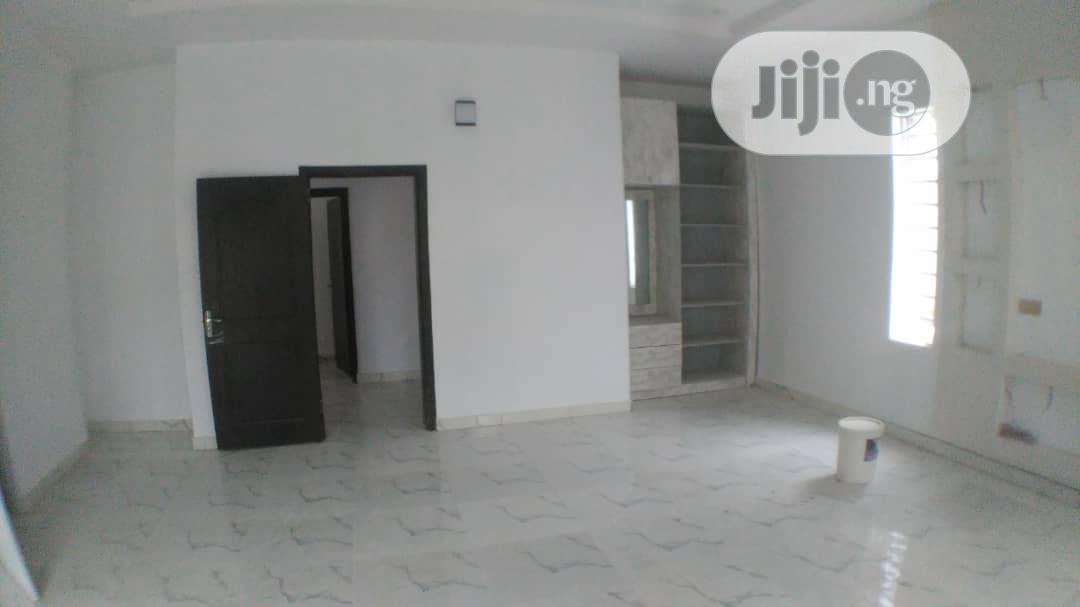 Archive: 4 Bedroom Fully Detached Duplex