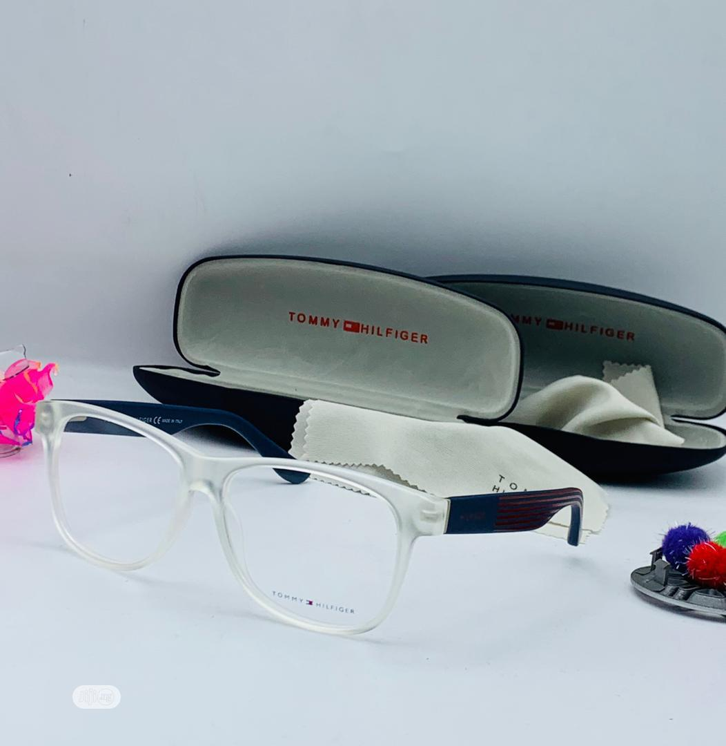 High Quality Tommy Hilfiger Glasses for Unisex