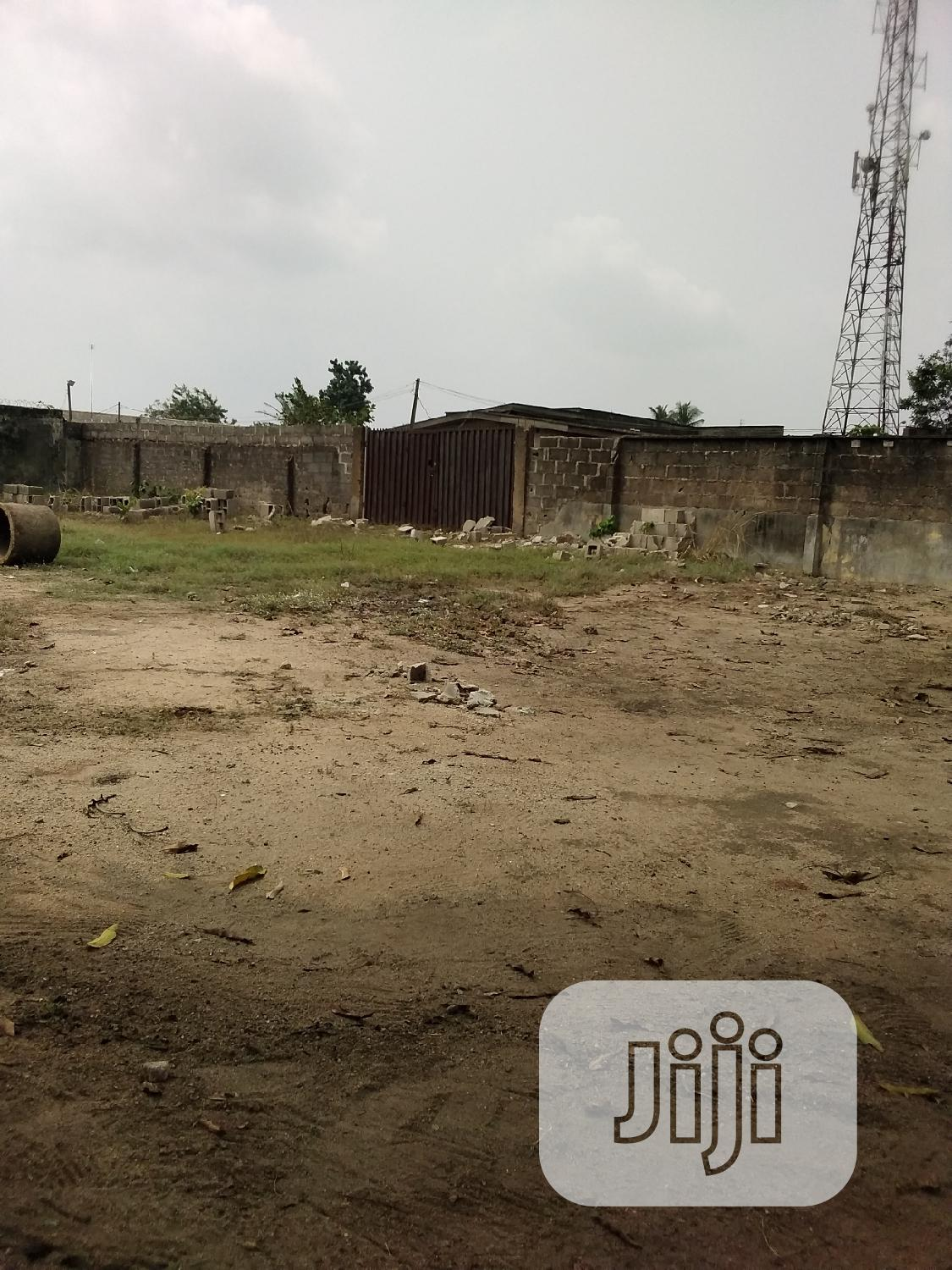 A Big Party Space for Rent in a Fenced and Gated Compaund | Event centres, Venues and Workstations for sale in Epe, Epe, Nigeria