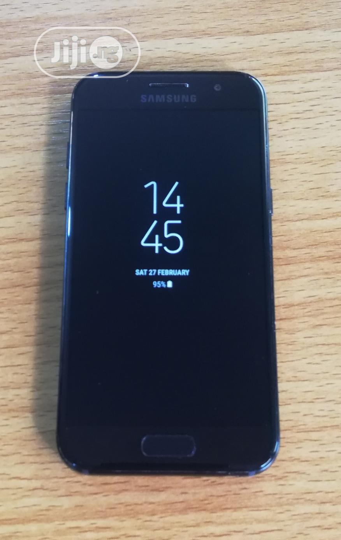 Samsung Galaxy A3 Duos 16 GB Black