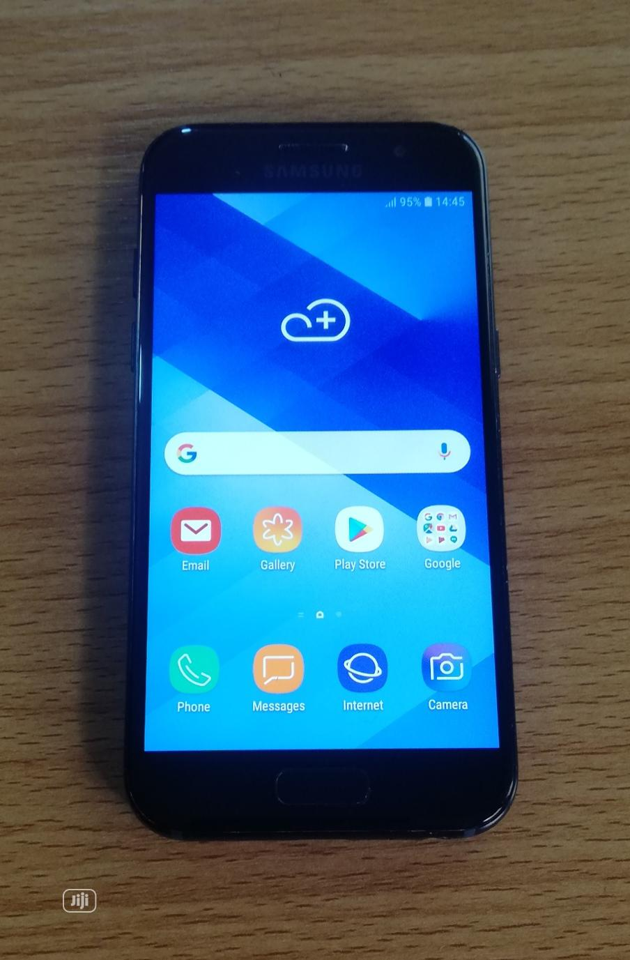 Samsung Galaxy A3 Duos 16 GB Black   Mobile Phones for sale in Mushin, Lagos State, Nigeria