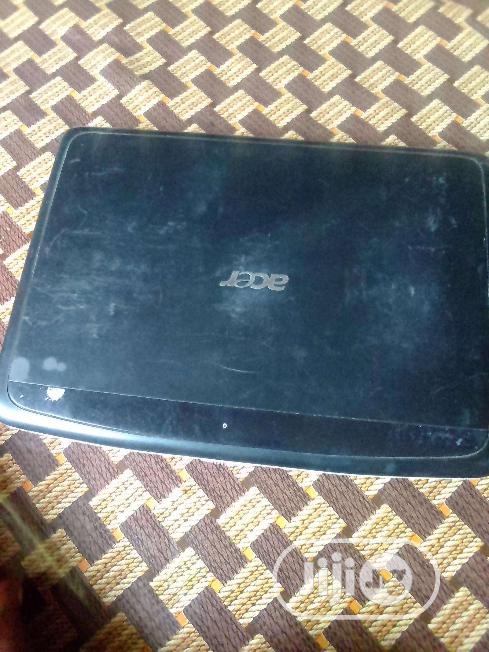 Laptop Acer Aspire 1100X 2GB Intel SSHD (Hybrid) 32GB   Laptops & Computers for sale in Aba North, Abia State, Nigeria