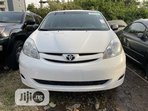 Toyota Sienna 2007 LE 4WD White   Cars for sale in Abuja (FCT) State, Gwarinpa