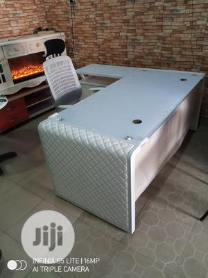 Good Quality of White 1.8 Meter Glass Office Table   Furniture for sale in Lagos State, Lekki