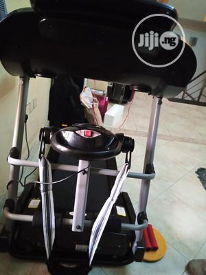 2.5hp Treadmill, With Massager, Mp3, Automatic Incline   Sports Equipment for sale in Lagos State, Apapa