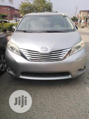Toyota Sienna 2012 XLE 7 Passenger Silver   Cars for sale in Lagos State, Amuwo-Odofin