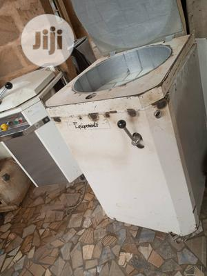 Hydraulic Divider 20cut | Manufacturing Equipment for sale in Lagos State, Ikeja