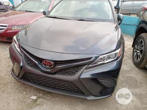 Toyota Camry 2019 SE (2.5L 4cyl 8A) Black | Cars for sale in Lagos State, Ikeja