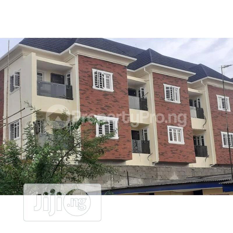 Archive: 5 Bedrooms Terrace Duplex House