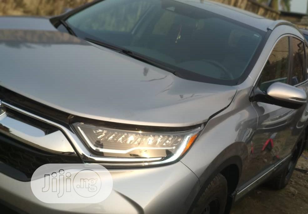 Archive: Honda CR-V 2019 LX AWD Silver