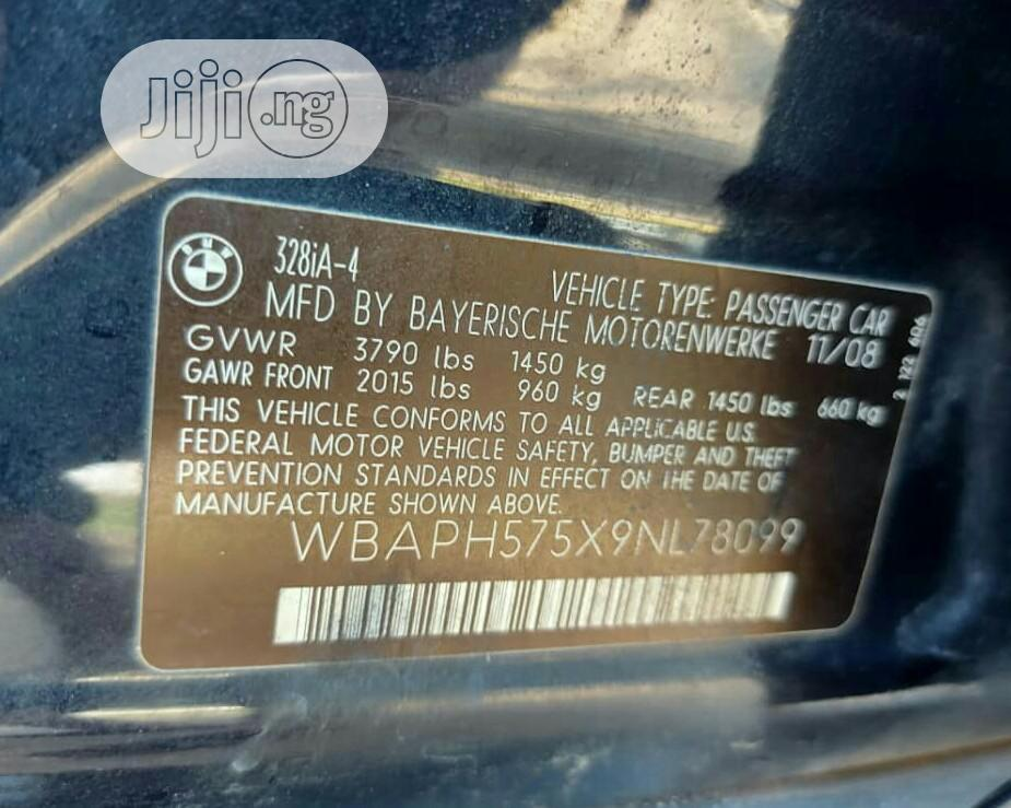 Archive: BMW 328i 2009 Blue