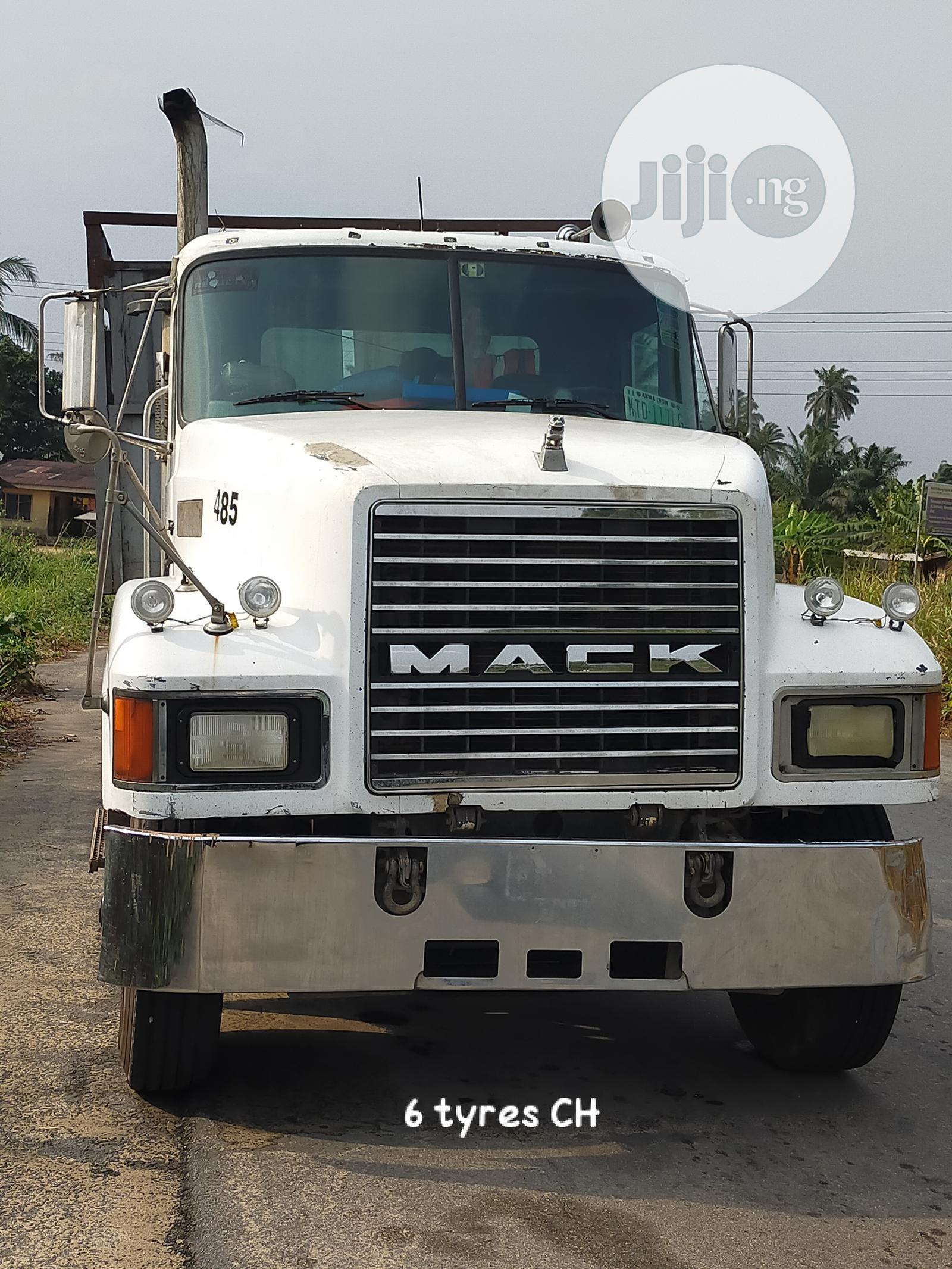 Mack CH Truck