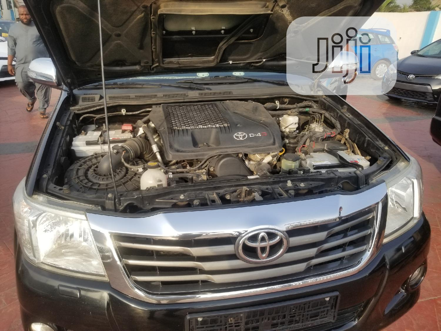 Toyota Hilux 2015 Black | Cars for sale in Magodo, Lagos State, Nigeria