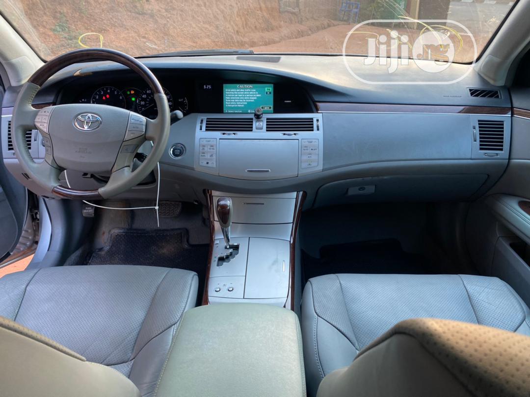 Archive: Toyota Avalon 2005 Silver