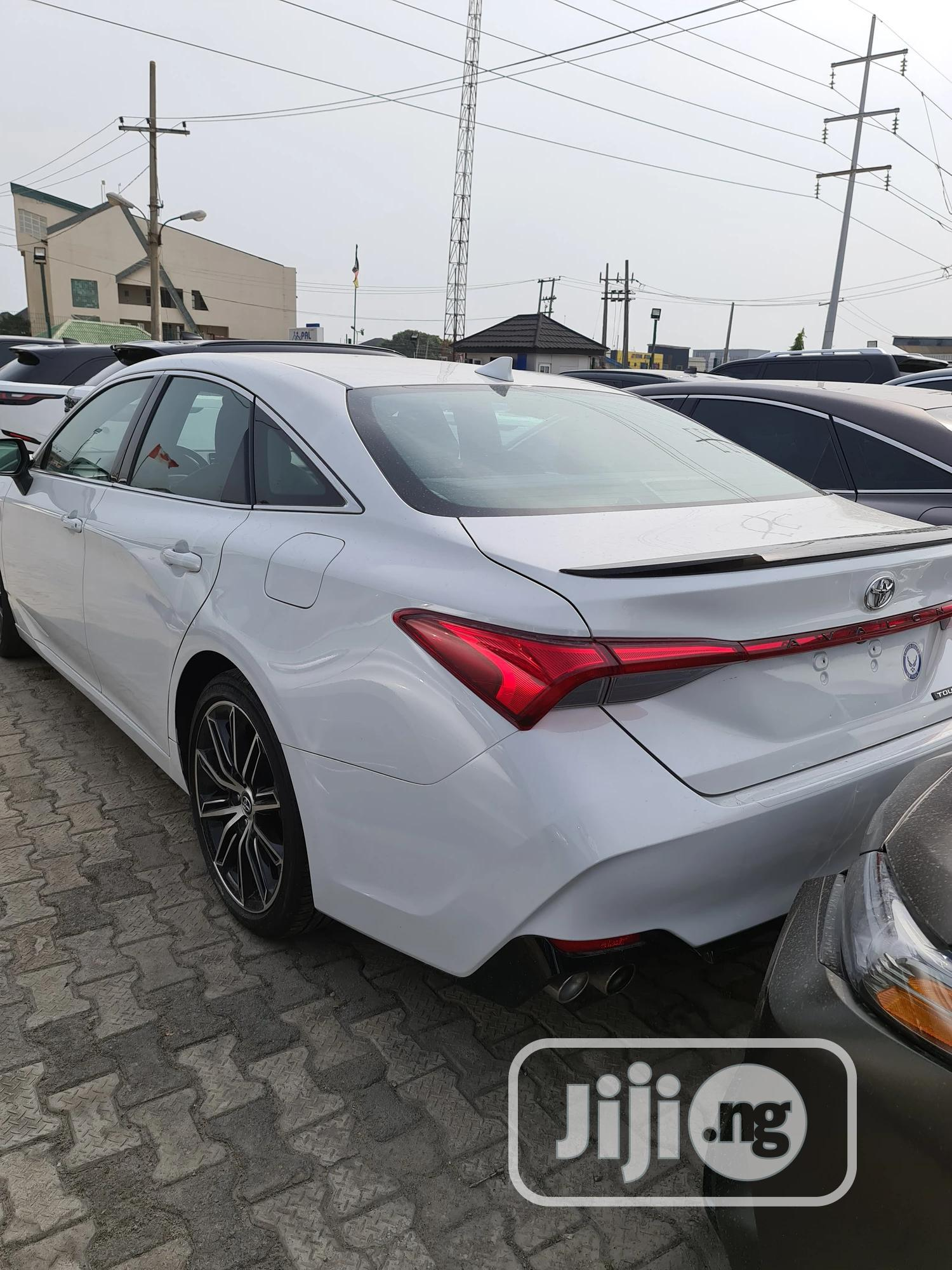 Toyota Avalon 2019 White | Cars for sale in Lekki, Lagos State, Nigeria