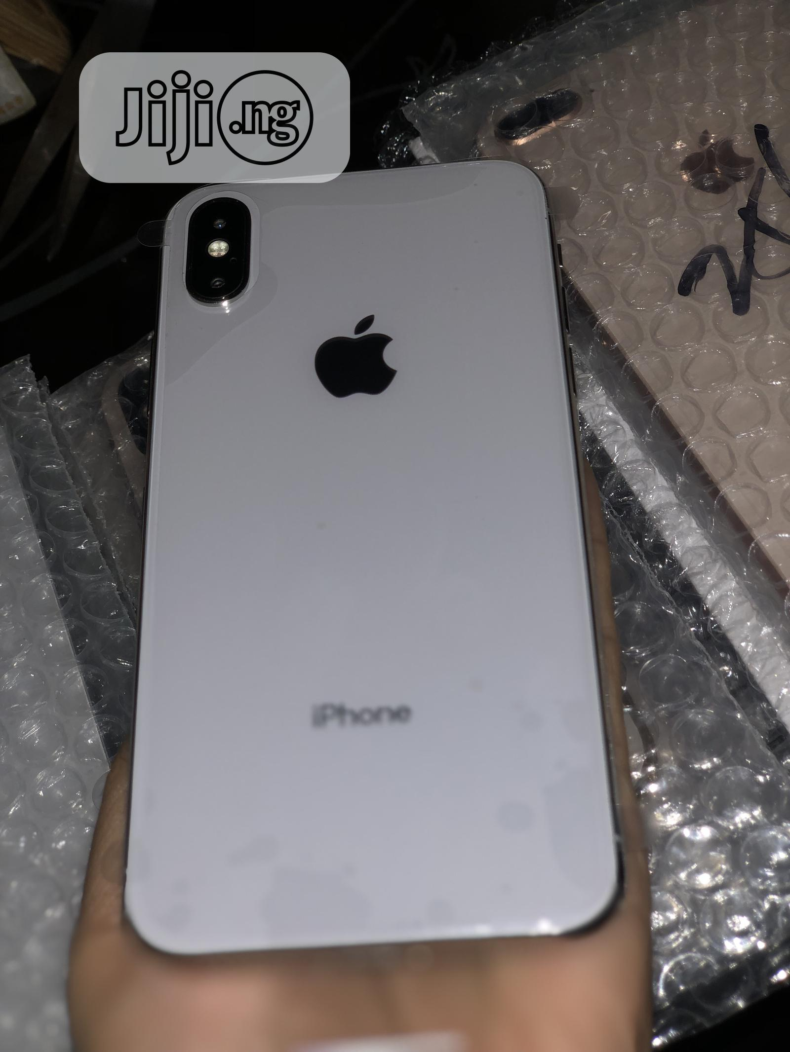 Apple iPhone X 64 GB Silver | Mobile Phones for sale in Ikeja, Lagos State, Nigeria