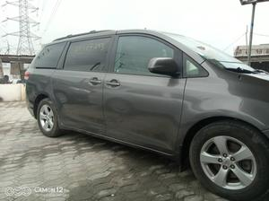 Toyota Sienna 2011 LE 7 Passenger Mobility Gray | Cars for sale in Lagos State, Ajah