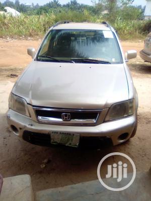 Honda CR-V 2001 2.0 4WD Gold | Cars for sale in Abia State, Ohafia