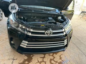 Toyota Highlander 2017 Black | Cars for sale in Abuja (FCT) State, Kubwa