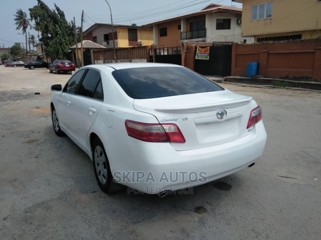 Toyota Camry 2007 White | Cars for sale in Gbagada, Lagos State, Nigeria