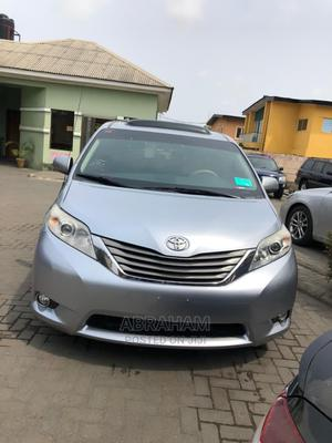 Toyota Sienna 2012 XLE 7 Passenger   Cars for sale in Lagos State, Surulere