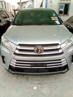Toyota Highlander 2019 LE V6 Silver   Cars for sale in Abuja (FCT) State, Wuse 2