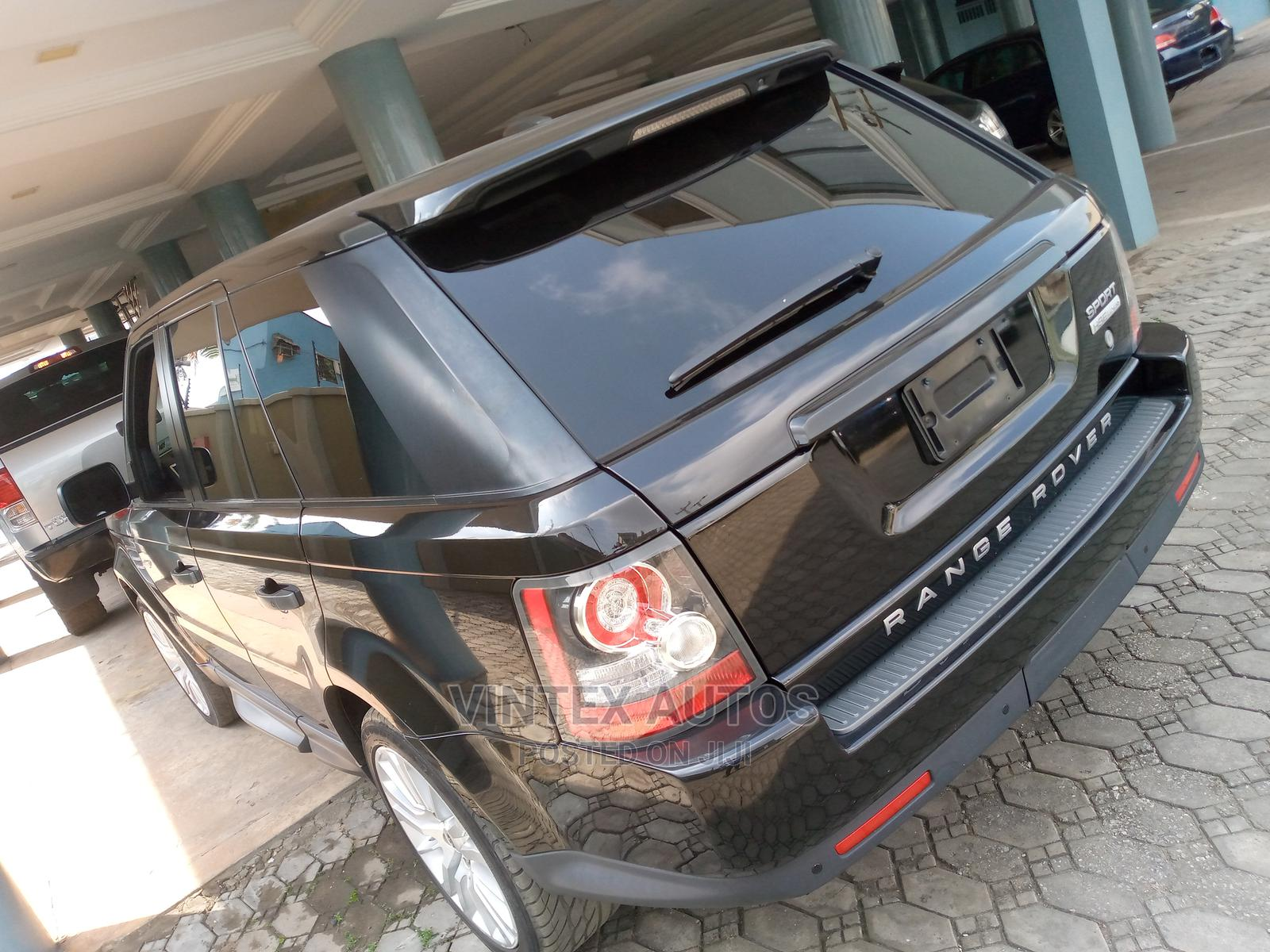 Archive: Land Rover Range Rover Sport 2011 HSE 4x4 (5.0L 8cyl 6A) Black