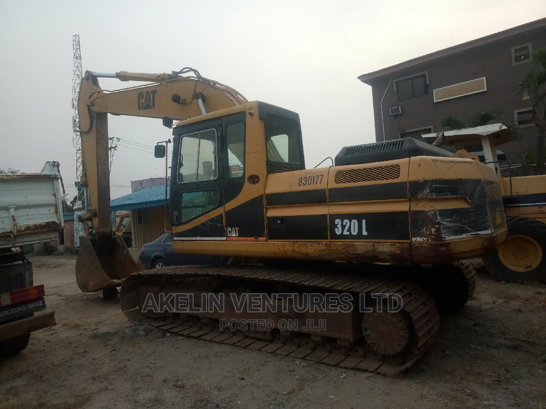 320L Excavator 2003