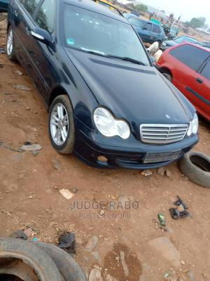 Mercedes-Benz C180 2004 Black   Cars for sale in Abuja (FCT) State, Lugbe District