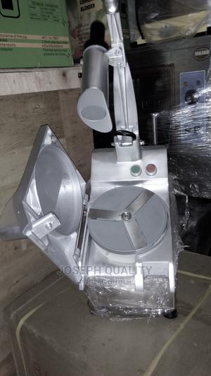MULTI-PURPOSE Vegetable Cutting Machine/Food Processor | Restaurant & Catering Equipment for sale in Lagos State, Ojo
