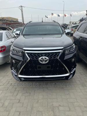 Toyota Hilux 2017 SR5 4x4 Black | Cars for sale in Lagos State, Lekki