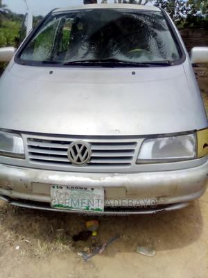 Volkswagen Sharan 1999 2.0 Gray   Cars for sale in Lagos State, Surulere