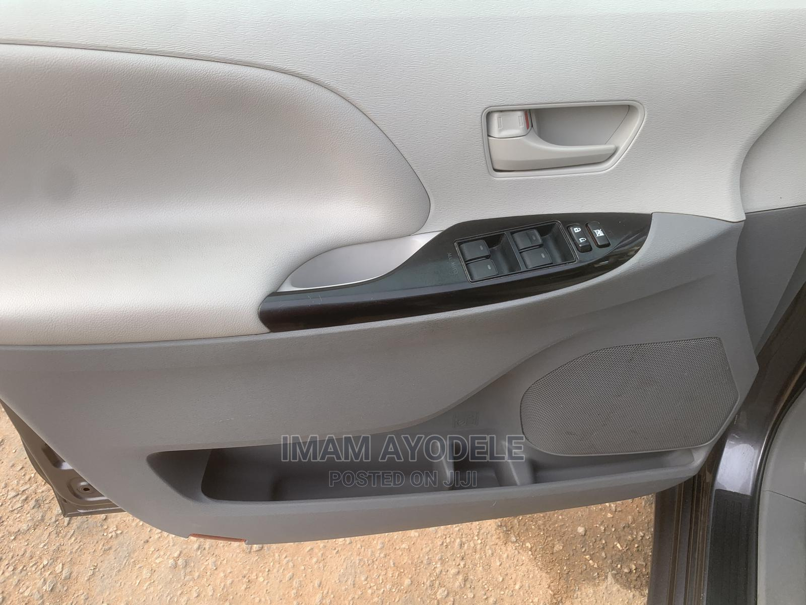Toyota Sienna 2011 LE 8 Passenger Gray   Cars for sale in Isolo, Lagos State, Nigeria